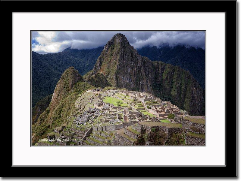 (Spot Lit) Machu Picchu