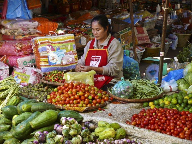 Market in Luang Prabang.jpg