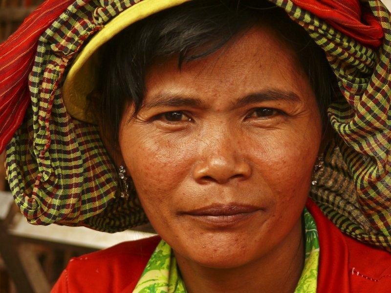 Market lady in PP.jpg