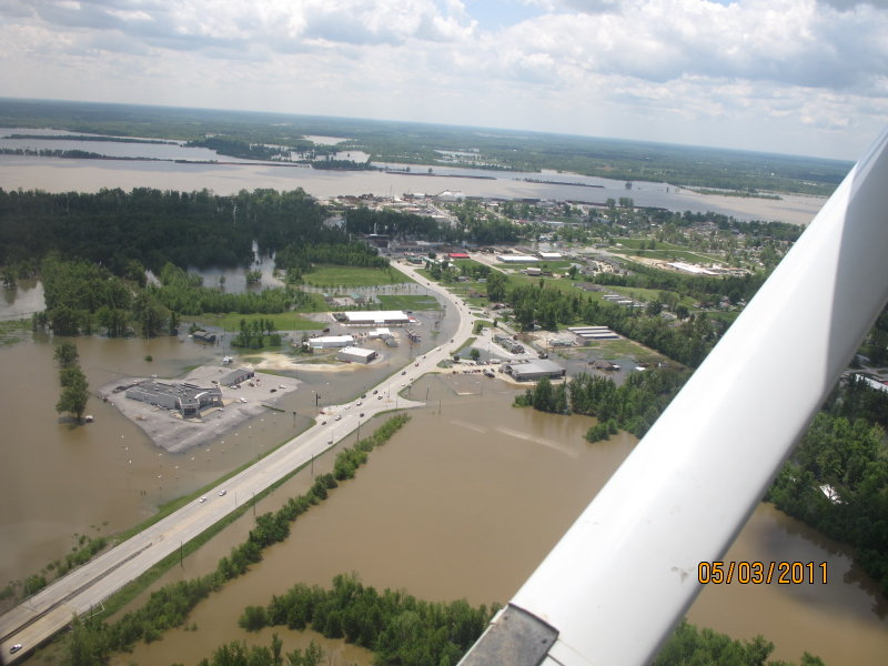 Metropolis, IL. Looking S toward Ohio river-Linwood Motors in lower left. Shot taken by Jerry Chumbler