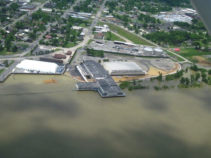 Paducah downtown-Covention Center-Expo Center - Taken by George Cumbee
