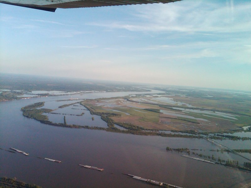 Cairo, IL looking at Birds Point Levee before breach - by Larry Olsen