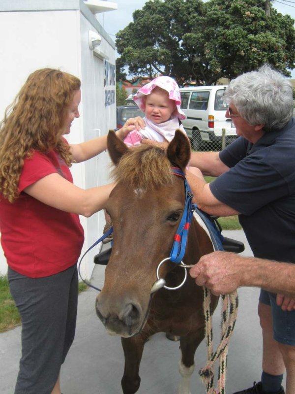 6 Jan 2010 On Kens pony