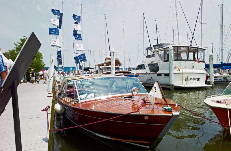 Lakewood Yacht Club wharf
