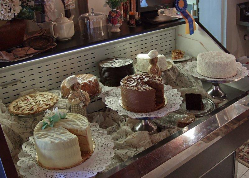 DSCF8185 Cake Cooler