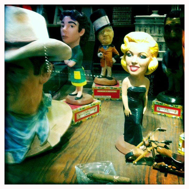 Cigar Store Chinatown/Little Italy 5