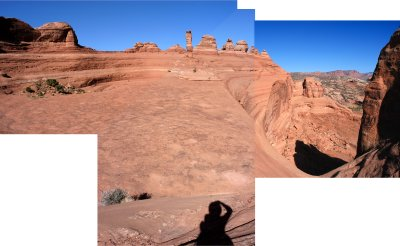 Basin-arch-abyss panorama at Delicate Arch