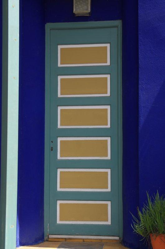 044 2011-08-03  Marrakech; Jardin Majorelle Yves Saint Laurent.jpg