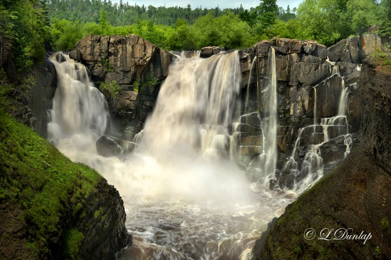 106.2 -  High Falls On Pigeon River (HDR)