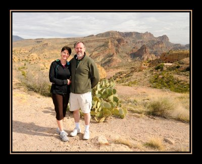 Diane & Sandy on Apache Trail