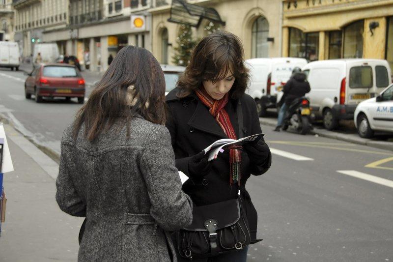 Lost in Paris (1)