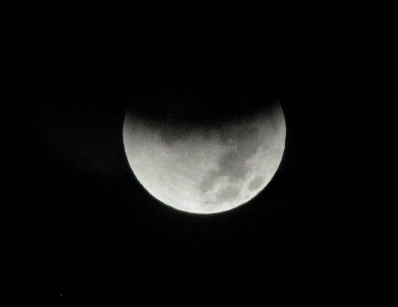 5:11 am (Cropped to keep pbase image larger)