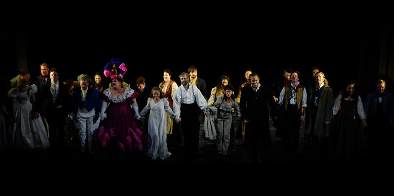 The cast-bows at the end.  Too many for a photo 1024 pixels wide. #00465r