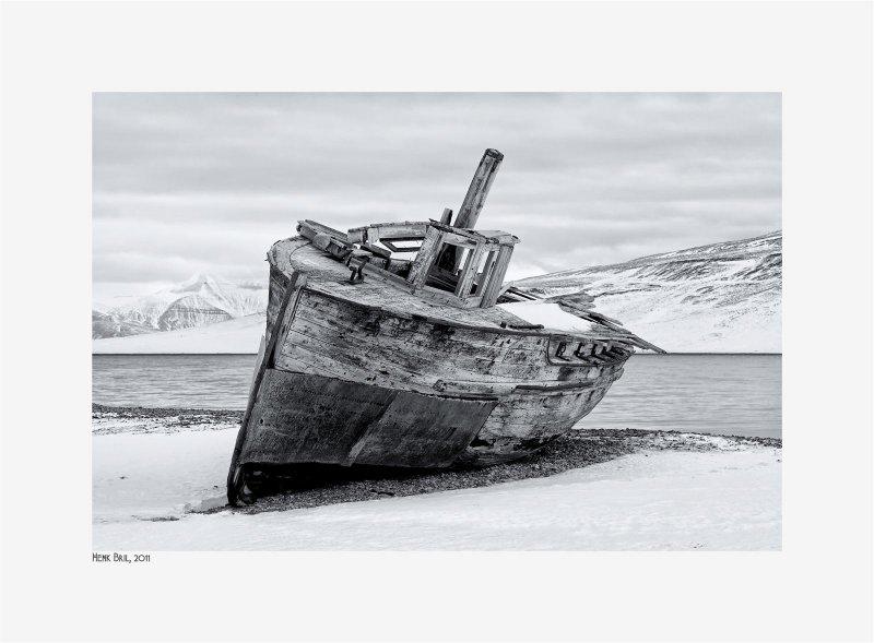 Billefjord - Skansbukta - stranded boat