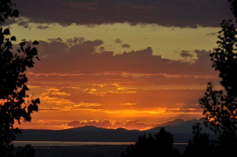 Sunset over the American Falls Reservoir from Pocatello _DSC8303.jpg