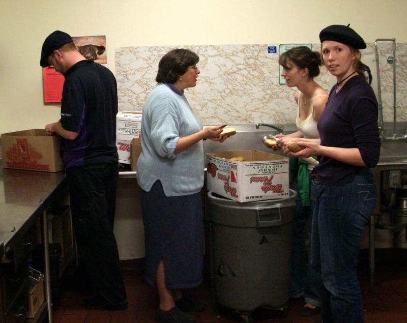 le préparation des pommes de terre DSCF0045
