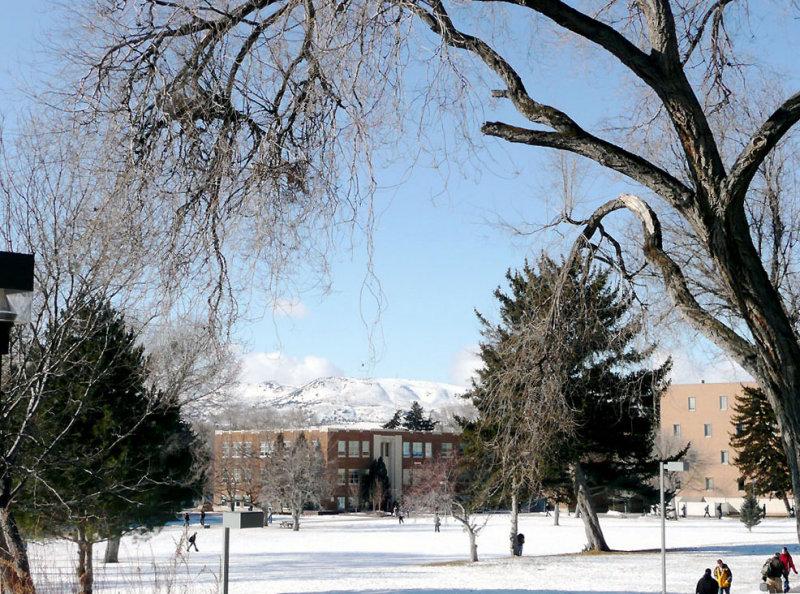 ISU Winter Scene at 6 degrees F P1020143.jpg