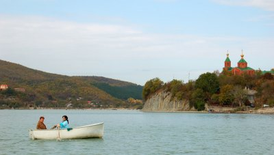 Lake Abrau. Abrau-Dyurso.