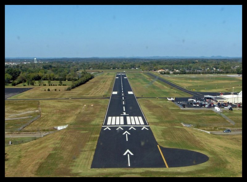 Short Final  Runway 1 (Lebanon, Tennessee)