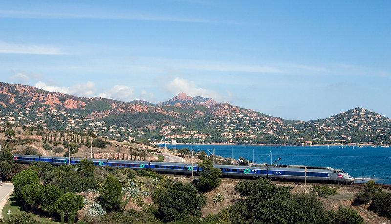 A TGV Sud-Est near Agay.