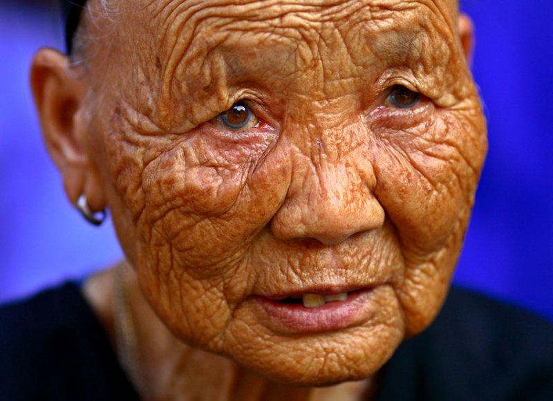 Kam female elder