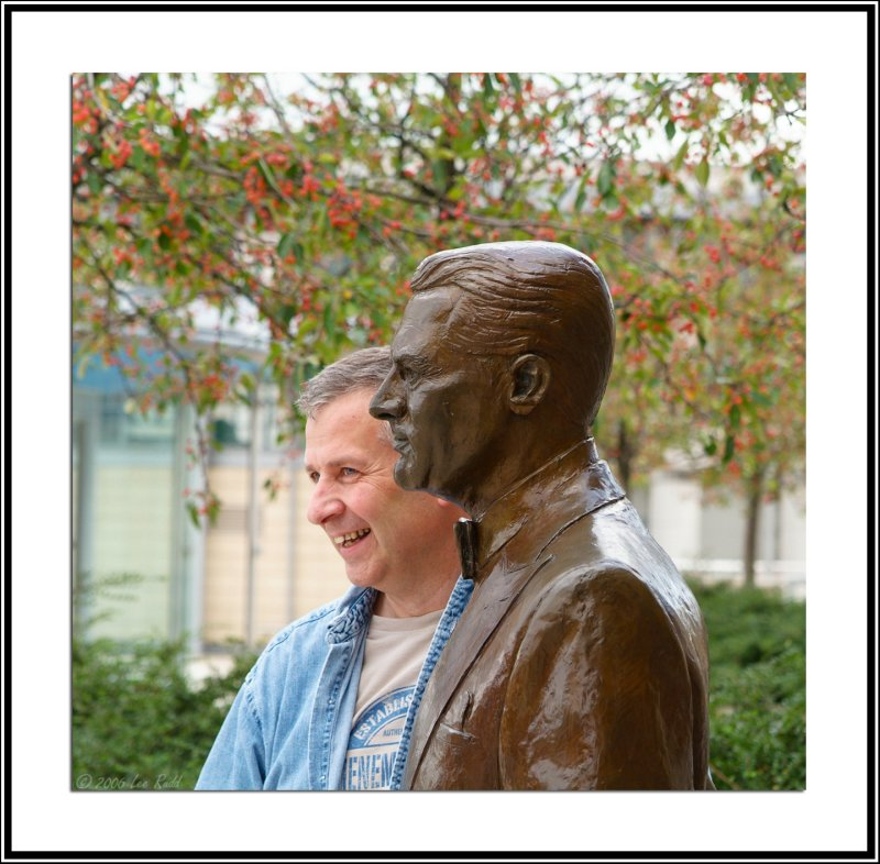 John Waine Meets Cary Grant