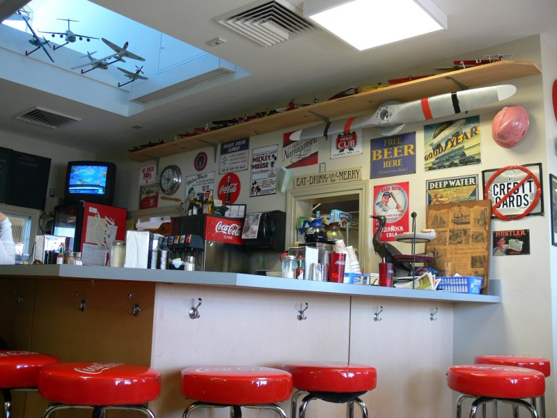 Airport Diner, Block Island