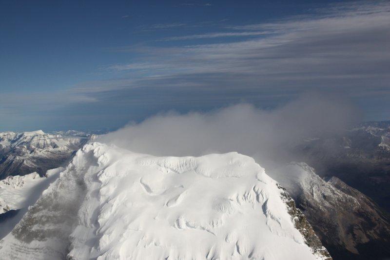 Robson, Upper SW Face & Summit <br> (Robson2-092908-_115.jpg)