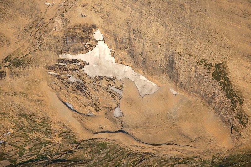 Unnamed Glacier, Mt Peabody NE Face <br> (GlacierNP090109-_019.jpg)