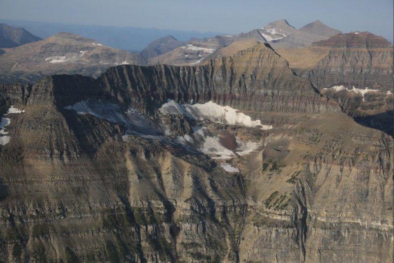 Unnamed Glacier, Porcupine Ridge/Pt  9128 NE Face <br> (GlacierNP090109-_143.jpg)
