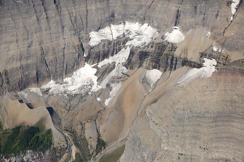 Whitecrow Glacier <br> (GlacierNP090109-_282.jpg)