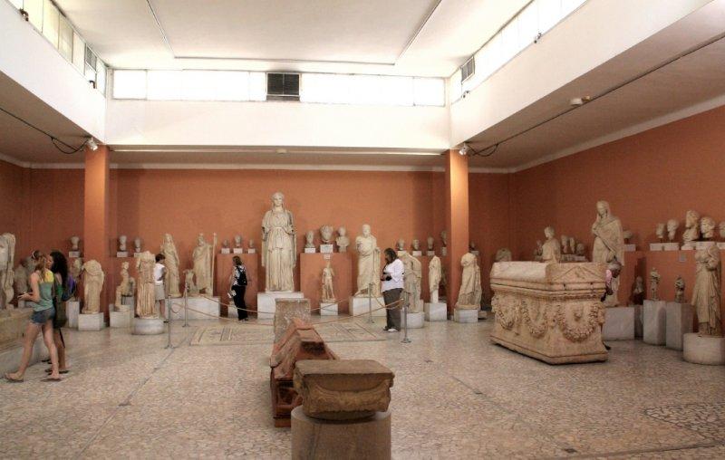 Heraklion museum 1.JPG