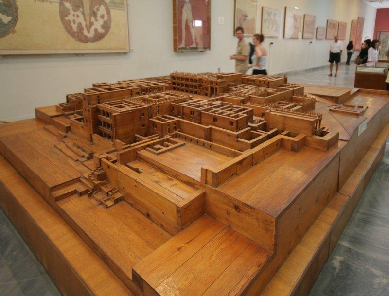 Palace of Knossos.JPG