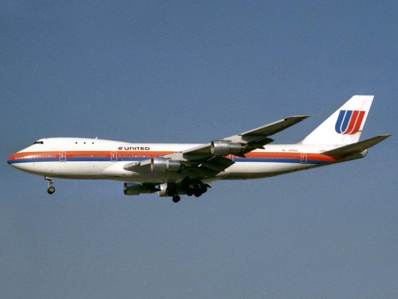 B747-100 N153UA