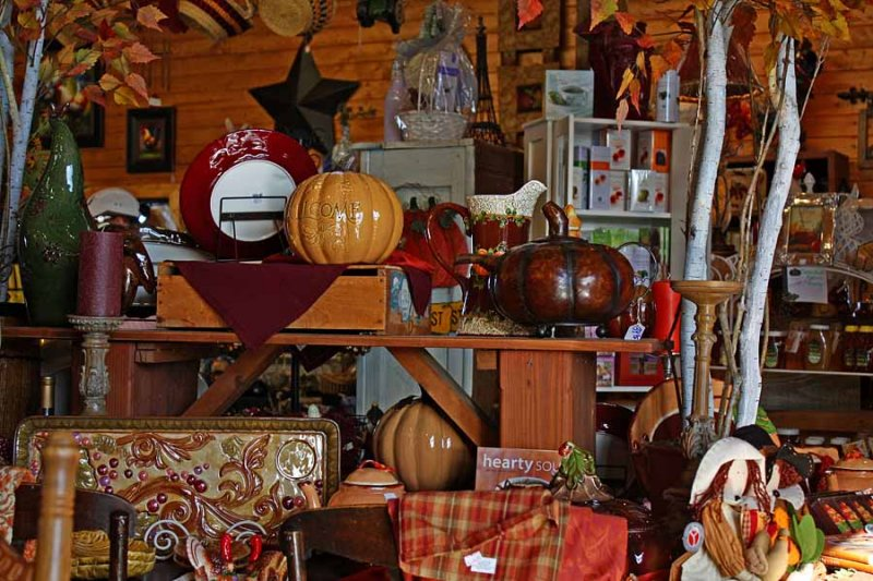 Autumn Country Store
