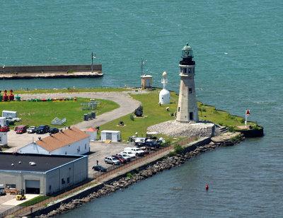 Coast_Guard_Lighthouse_01.jpg