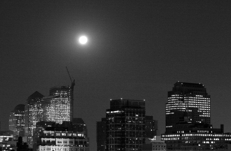 Full Moon - Downtown Manhattan