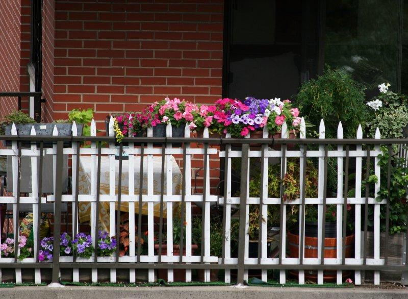 Manhattan Country Garden