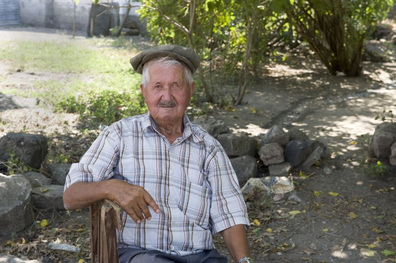 Kurtkulagi sept 2008 3544.jpg