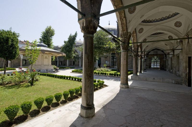 Istanbul june 2008 2814.jpg