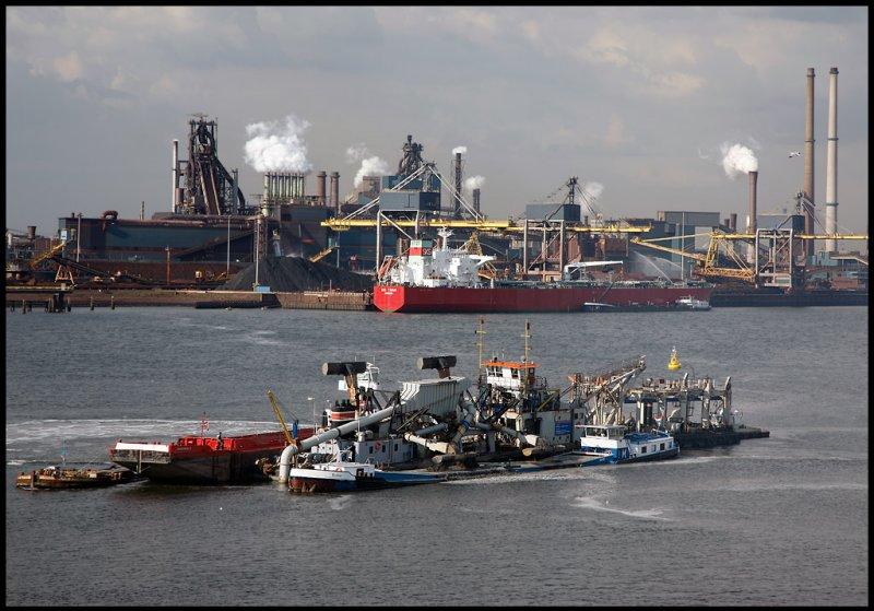 Moving mud........ Amsterdam - Holland