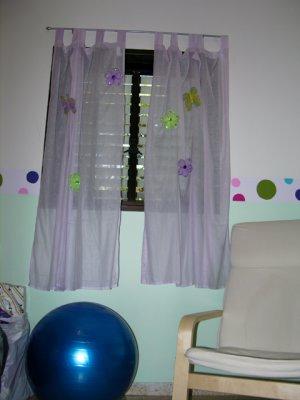 Rotem's room 1.jpg