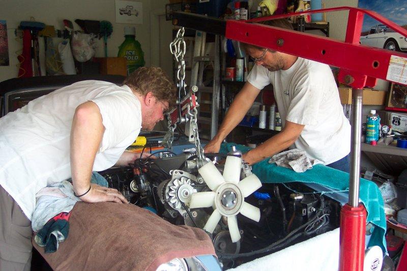 Roadster Engine Rebuild 003.jpg