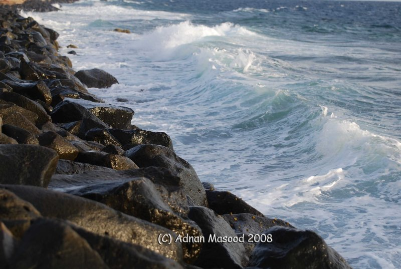 02-Red Sea waves.JPG