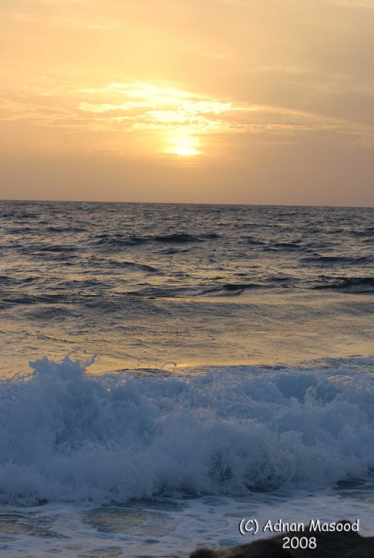 05-Red Sea and sun.JPG