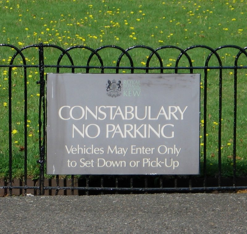 As I am not a member of the Constabulary, is it ok for me to park.
