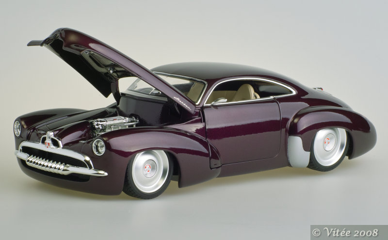 Holden Efijy 4