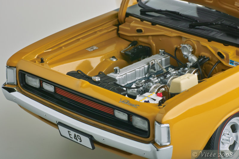 1972 E49 R/T Charger - Engine Detail