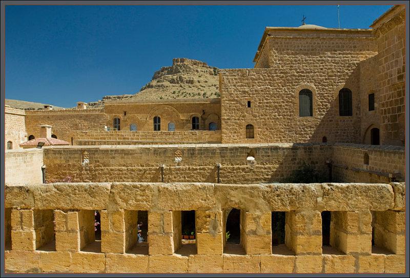 Mardin Deyrulzaferan monastery