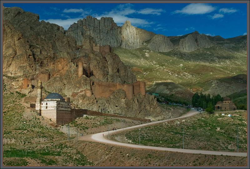 Ishak Pasha Castle